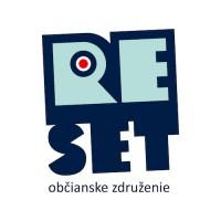 RE/set, o.z.